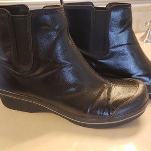 Dansko ankle non slip rain boots size 42/12